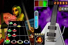 連載「PCゲームを持ち出そう!」。第54回はNDS用音楽ゲーム「ギターヒーロー オン ツアー」を紹介