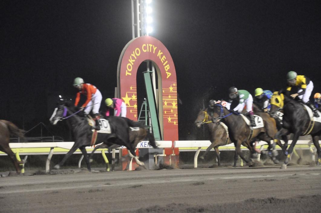 ガンスリンガー ストラトス 「ガンスリンガー ストラトス」と東京シティ競馬のコラボイベントをレポ