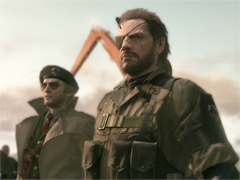 ��METAL GEAR SOLID V: THE PHANTOM PAIN�פΥ�ӥ塼��Ǻܡ��ץ쥤�䡼�μ�ͳ�ʹ�ư�򤷤ä���ȼ����ߤ�Ƥ��������������