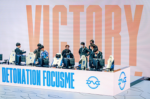 画像集#020のサムネイル/レイキャビクの歓喜。DetonatioN ForcusMeが「リーグ・オブ・レジェンド」世界大会の予選を突破するまでの7年間