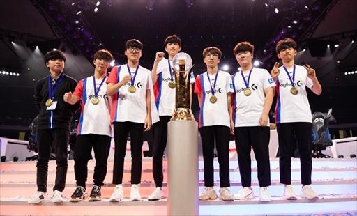 画像(002)「Overwatch World Cup 2018」は,韓国チームが圧巻のパフォーマンスを見せ3連覇を達成。大会MVPにはJJonak選手が選出