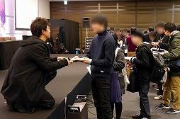 """画像(056)劇場版「誰ガ為のアルケミスト」は2019年6月に公開予定。来場客参加型イベントなどで盛り上がった""""3周年記念ファンミーティング""""をレポート"""