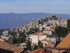 「デイメア: 1998」誕生の地は,イタリアのとある小さな村。開発会社やゲームのイメージ元となった土地を巡ったオレヴァノ・ロマーノ紀行をお届け