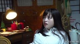 """画像集#009のサムネイル/「放置少女」,橋本環奈さんが出演する新TVCMのメイキングが公開。稲川淳二さんの""""怪談語り""""も必見"""