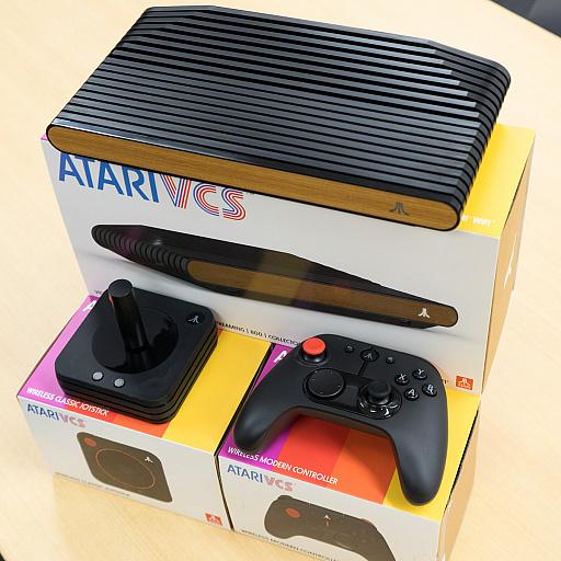 画像集#008のサムネイル/レトロンバーガー Order 53:Atariの新ハード「Atari VCS」に,「見た目はデスメタル系だけどJ-POPをカバーしてるバンドみたい」とか言う編