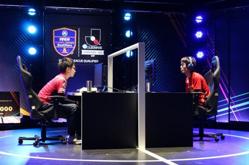 画像(006)「FIFA19」第2回eJ.LEAGUEが開催。参加プレイヤー355名の頂点は名古屋グランパスのミノ選手
