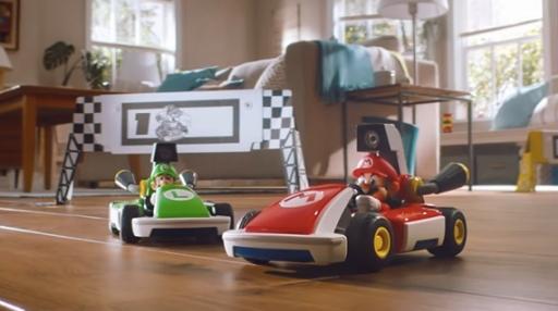 画像(003)「マリオカート ライブ ホームサーキット」が2020年10月16日に発売。ゲーム内の出来事とカメラ内蔵のカートの動きが連動する,新たな形のマリオカートが登場