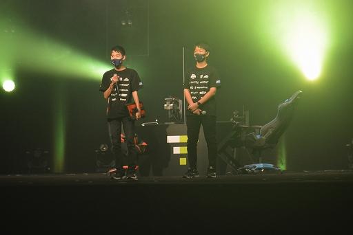 画像集#003のサムネイル/「VIRTUA FIGHTER esports CHALLENGE CUP SEASON_0 FINAL」レポート。栄えある舞台で2人の新たなスタープレイヤーが誕生