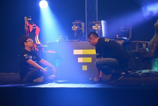画像集#008のサムネイル/「VIRTUA FIGHTER esports CHALLENGE CUP SEASON_0 FINAL」レポート。栄えある舞台で2人の新たなスタープレイヤーが誕生