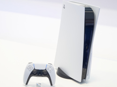 PS5のローンチタイトル「Astro's Playroom」と「Godfall」を先行プレイ。純正ゲームパッド「DualSense」と超高速SSDの実力を目の当たりにした