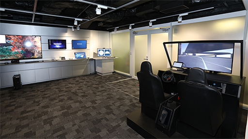 Intel,東京オフィスのビル内に...
