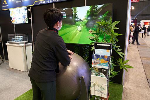 画像集#011のサムネイル/プロチームはもちろん,ゲーマー個人でも作れるオーダーメイドのキーボードやユニフォームをeスポーツ関連展示会で見てきた