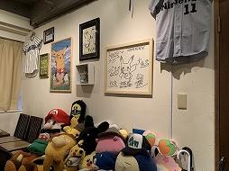 画像集#002のサムネイル/ゲーム業界の著名人が訪れる店「84」が土日限定で営業再開。非会員でも来店できる予約制に